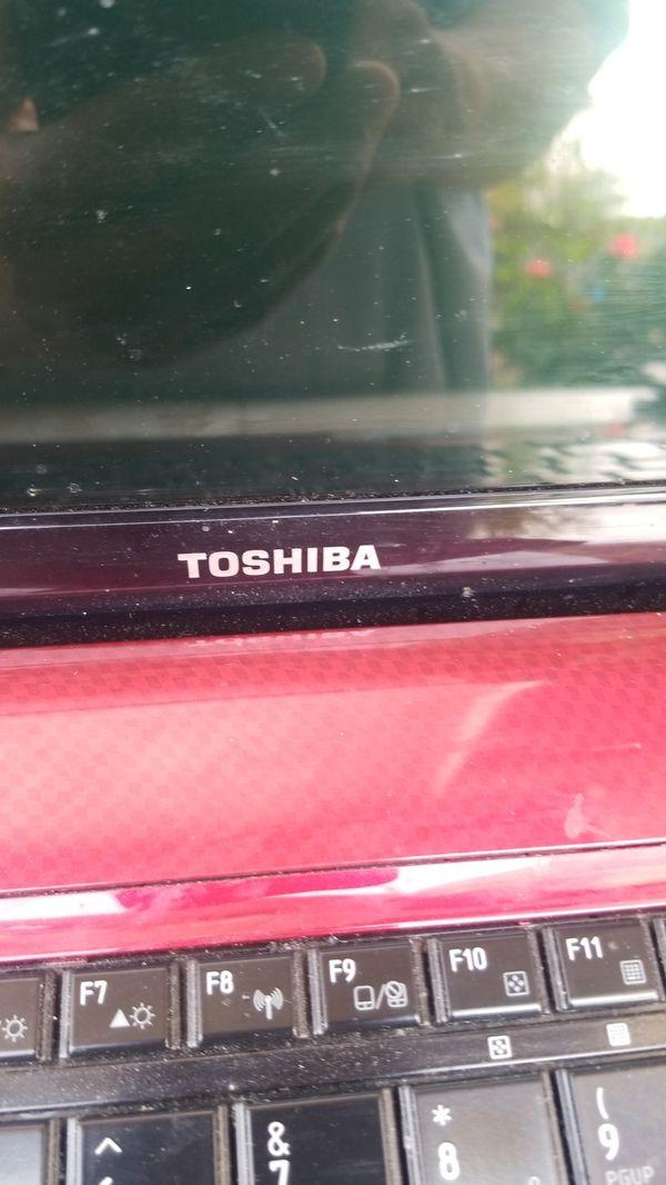 TOSHIBA laptop con Windows 10 instalado