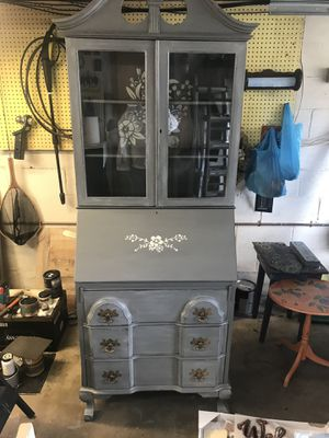 Secretary desk/hutch refurbished for Sale in Elizabeth, PA