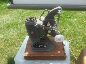 Projector for Sale in Kingsport, TN