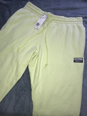 Adidas joggers large for Sale in Miami, FL
