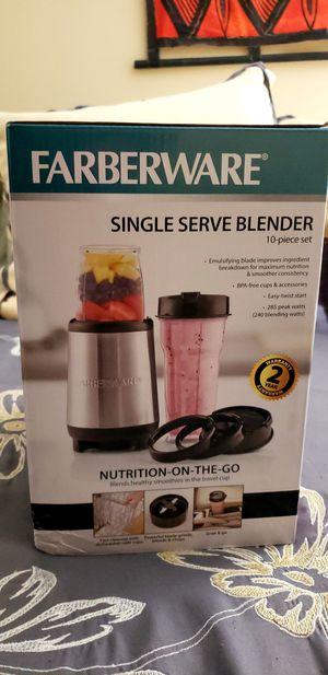 Never Used - Farberware single serve blender for Sale in Princeton, NJ