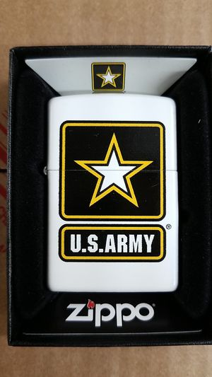 Zippo us army white matte 29389 for Sale in Los Angeles, CA