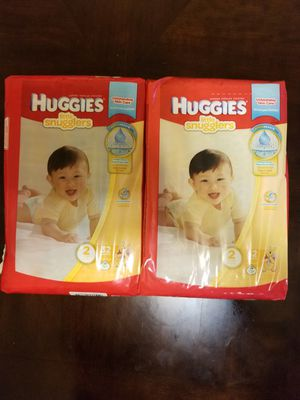 Huggies little snugglers size 2 - 32 diapers for Sale in Germantown, MD