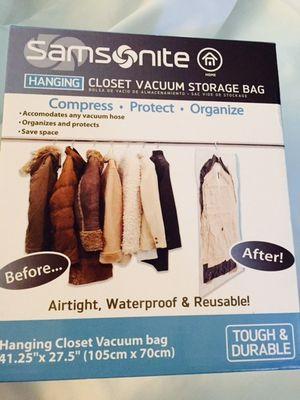 NEW IN BOX Samsonite Hanging Closet Vacuum Storage Bag for Sale in North Richland Hills, TX