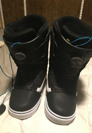 Snowboard boots vans for Sale in Sammamish, WA