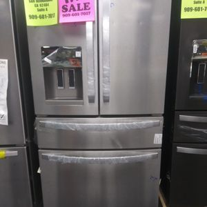 WHIRLPOOL 4 DOOR REFRIGERATOR WITH FLEX ZONE🎈OPEN SUNDAY 9AM-6PM🎈💲100 OFF NOW💲🌟BUY NOW PAY LATER🌟❌NO CREDIT NEEDED❌ for Sale in Hesperia, CA