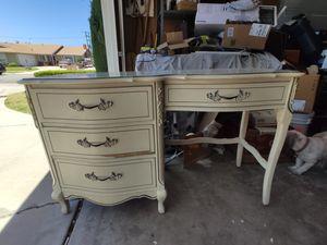 Sturdy, experienced dresser for Sale in Huntington Beach, CA