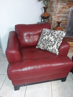 Single leather couch and ottoman for Sale in Houston, TX