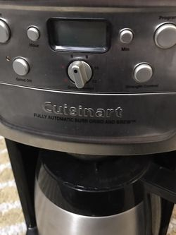 Cuisinart Coffee Maker With Grinder for Sale in Beverly Hills,  CA