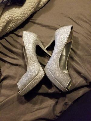 Size 7.5 heels for Sale in Auburn, MA