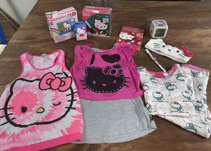 12 Piece Hello Kitty Kit (Size: 7/8) for Sale in Enfield, CT