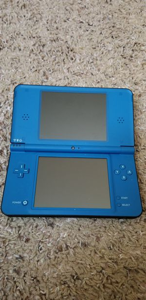 Nintendo DSi XL & 4 games! for Sale in Portland, OR