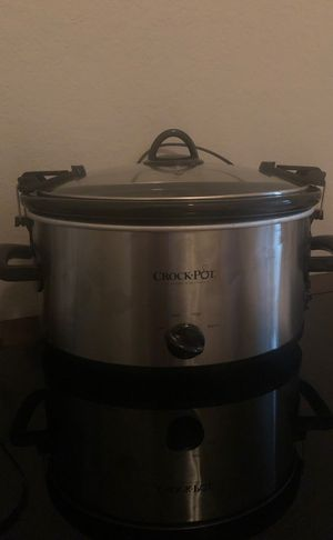 Large crock pot for Sale in Oviedo, FL