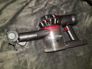Dyson v7 trigger vacuum for Sale in West Jordan, UT