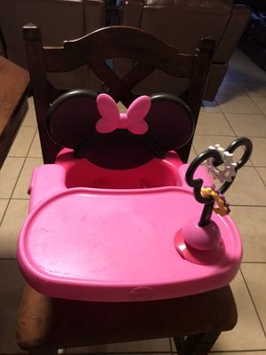 Minnie Mouse booster seat for Sale in Tampa, FL