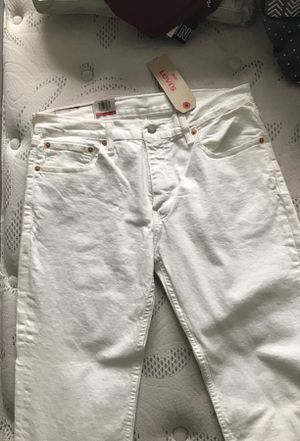 Men's white Levi's jeans for Sale in Baltimore, MD