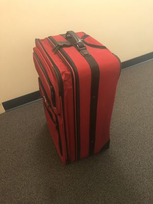 Suitcase for Sale in Charleston, WV