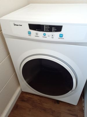 Dryer (Electric Dryer - Magic Chef) 3.5 cu ft for Sale in El Paso, TX