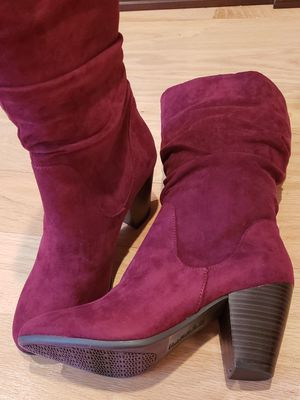 NWT Espirit burgundy suede boots for Sale in Lynnfield, MA