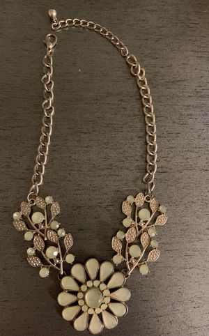 Cream flower necklace for Sale in Chico, CA