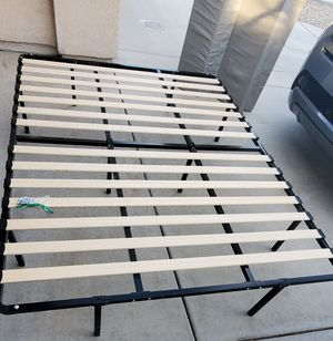 Queen size bed for Sale in Victorville, CA