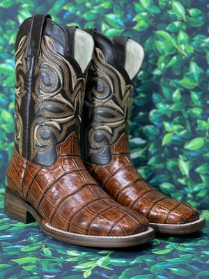 MENS WESTERN BOOTS 🤠 for Sale in San Antonio, TX