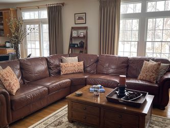 Thomasville large Leather Pit for Sale in Morrisville,  PA