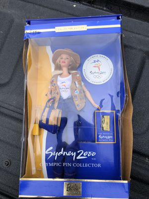 Sydney Barbie 2000 Olympics Pin, Collector Edition Doll for Sale in Allison Park, PA