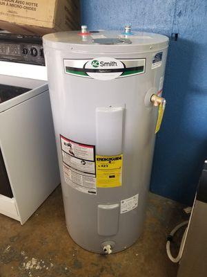 AO Smith Signature Water Heater for Sale in Azalea Park, FL