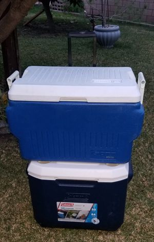 PICK UP TODAY MONDAY BOTH FOR $45 2 ICE CHEST COOLERS 1 COLEMAN HAS WHEELS AND 1 RUBBERMAID 48QT AND 50QT for Sale in Montebello, CA