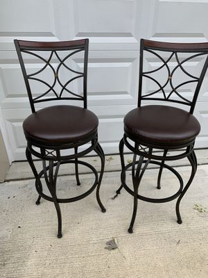 "LIKE NEW!! LOW PRICE. Bar Stools 29"" tall (from floor to seat) $30 for two for Sale in Middletown, NJ"