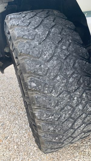 Nito wheels, and 2018 chevy Silverado rims for sell for Sale in Bartlett, TX