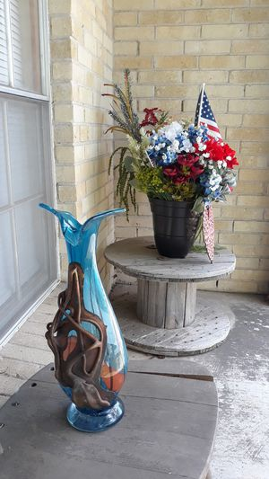 "Hand blown 17"" Italian Style Vase for Sale in Austin, TX"
