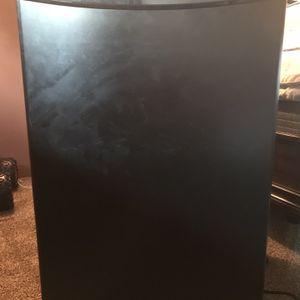 Danby Little fridge for Sale in Spokane, WA