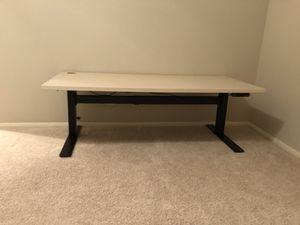 Uplift V2 commercial grade standing desk for Sale in San Diego, CA
