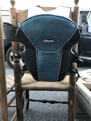 Chicco baby carrier for Sale in Richmond, VA