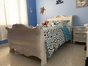 Disney Princess White 5Pc Twin Bedroom for Sale in Homestead, FL