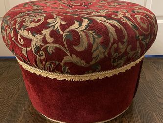 Red Luxury Traditional Paisley Gold Leaf Damsak Ottoman - Sofa Sectional Couch Recliner Home Furniture & Decor for Sale in Livonia,  MI
