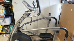 Sears 18.1 AXT Ascent Total Body Elliptical Trainer for Sale in San Marcos, TX