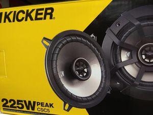 Car speakers : Kicker 5 1/4 2 way 225 watts car speakers brand new for Sale in Bell Gardens, CA