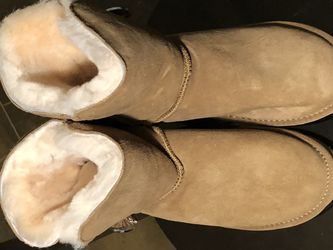 Uggs Boots for Sale in Los Angeles,  CA