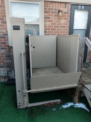 Wheelchair lift for Sale in Columbus, OH