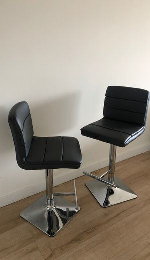 BRAND NEW CHAIRS for Sale in Miami, FL