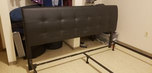 King size head board w bed frame. for Sale in Springfield, IL