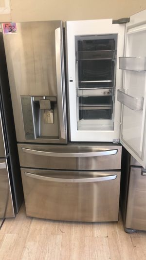 Refrigerator French door 4 doors with easy access for Sale in Los Angeles, CA