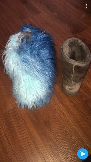 UGG BOOTS 💜💜💜💜 for Sale in St. Louis, MO