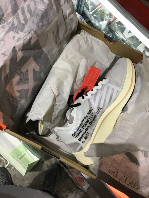 Ds Nike zoom fly off white 10