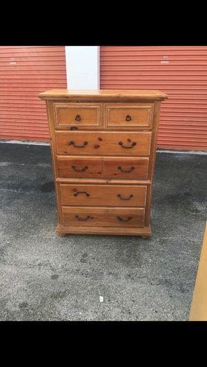 Dresser for Sale in Sunrise, FL