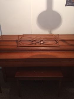 Everett Piano for Sale in Columbus,  OH