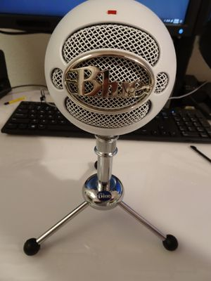 White Blue Snowball USB stereo microphone for Sale in Peoria, AZ